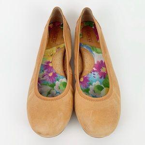 Born Julianne Ballet Leather Flats 9 Tan Apricot